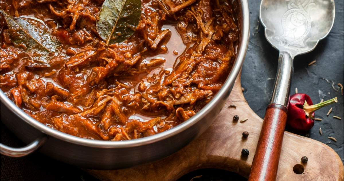 Slow Cooker Beef Ragu - Slender Kitchen