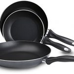 T-fal B363S3 Specialty Nonstick Omelette Pan 8-Inc…