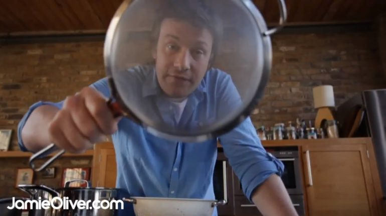 Jamie Oliver on essential kitchenware - 30-Minute ...