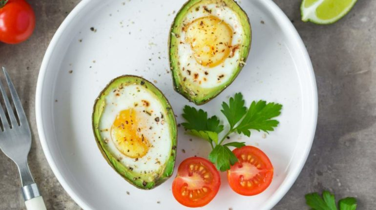 Avocado Baked Eggs - Slender Kitchen