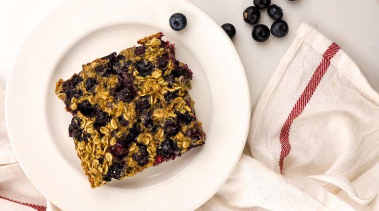 Baked Blueberry Buttermilk Oatmeal - Slender Kitch...
